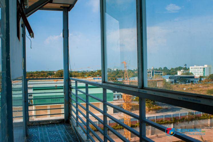Phòng Trọ CHDV Tân Bình (Cộng Hòa) Tiện Nghi (Full nội thất, sân thượng, thang máy, bảo vệ 24/24)