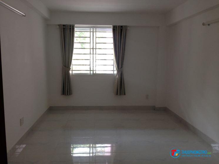 Phòng trọ đường Lý Thường Kiệt, Quận 10, đối diện NTĐ Phú Thọ