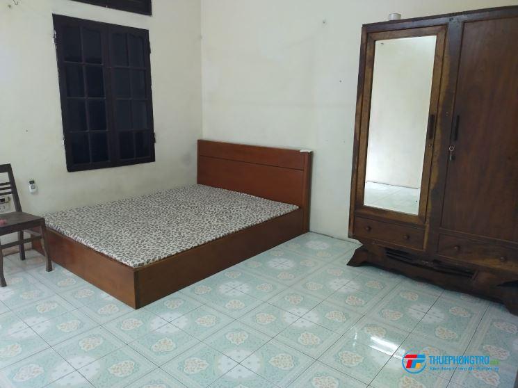 Phòng trọ khép kín gần trường ĐH Kinh doanh và Công nghệ (phường Vĩnh Tuy, Hai Bà Trưng, Hà Nội)