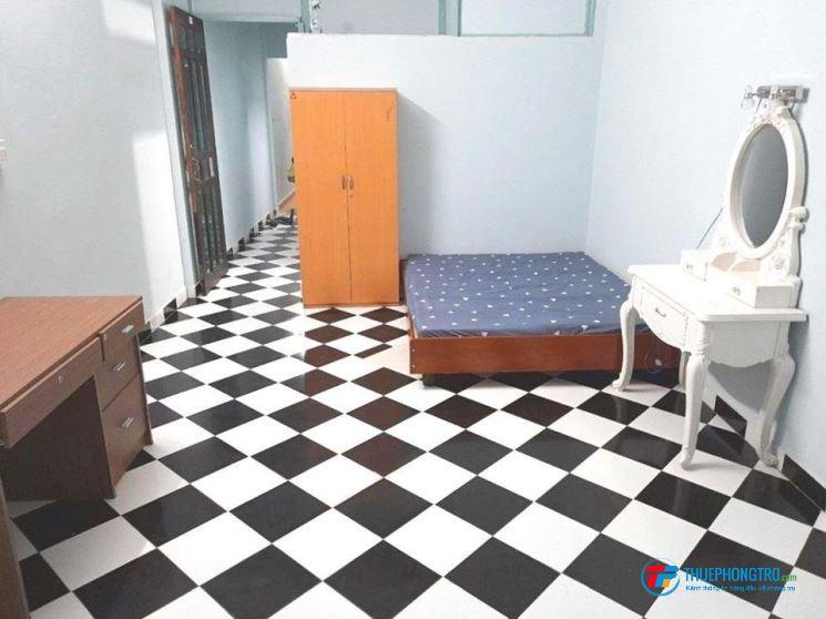 Phòng trọ mặt tiền Phan Đình Phùng, Phú Nhuận, Full Nội thất