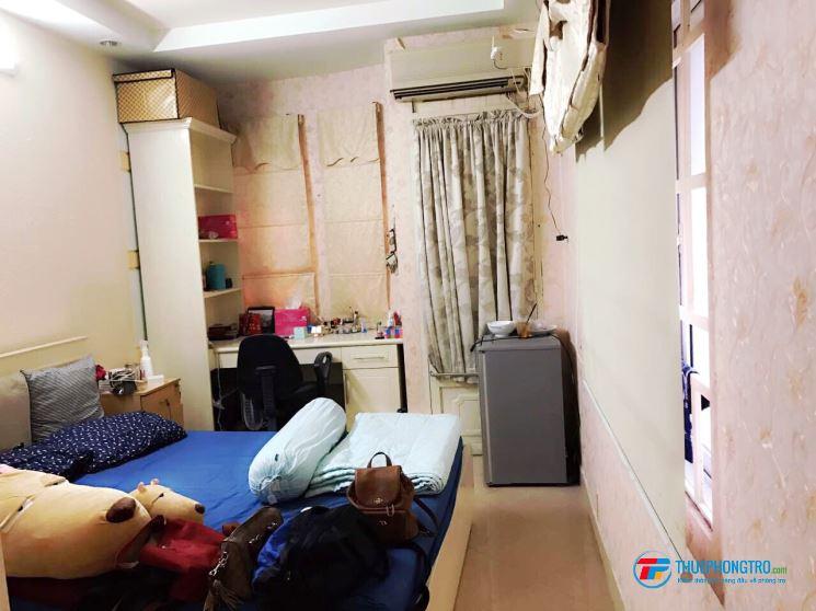 Cho thuê phòng 1/, Huỳnh Văn Bánh, Q.Phú Nhuận, hẻm xe hơi, cửa sổ thoáng mát, an ninh, tự do