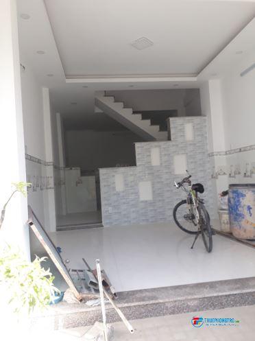 Cho thuê nhà nguyên căn 0 1trệt, 01 lầu 02 PN hẻm rộng 749 huỳnh tấn phát Quận 7