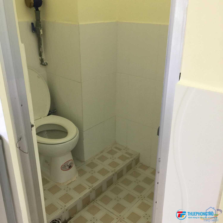 giá từ 1,600,000- 3,000,000 Phòng mới đẹp nằm trong  nhà lầu kiên cố